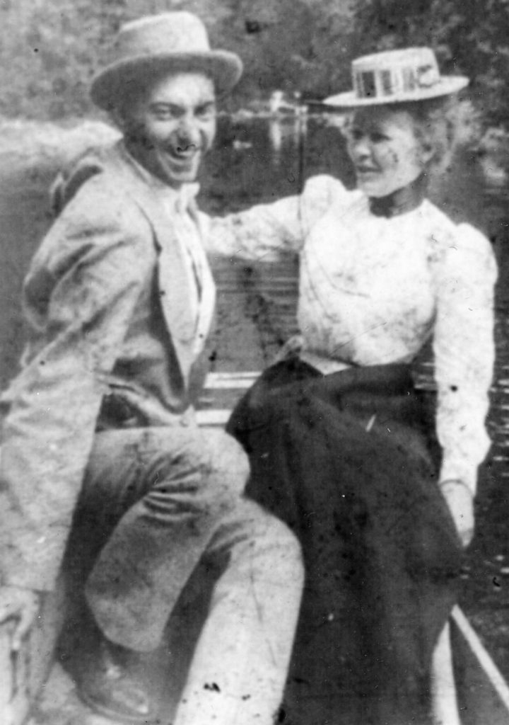 Buse Compton and Ree Maddox on their wedding day, Shenandoah River, circa 1927.