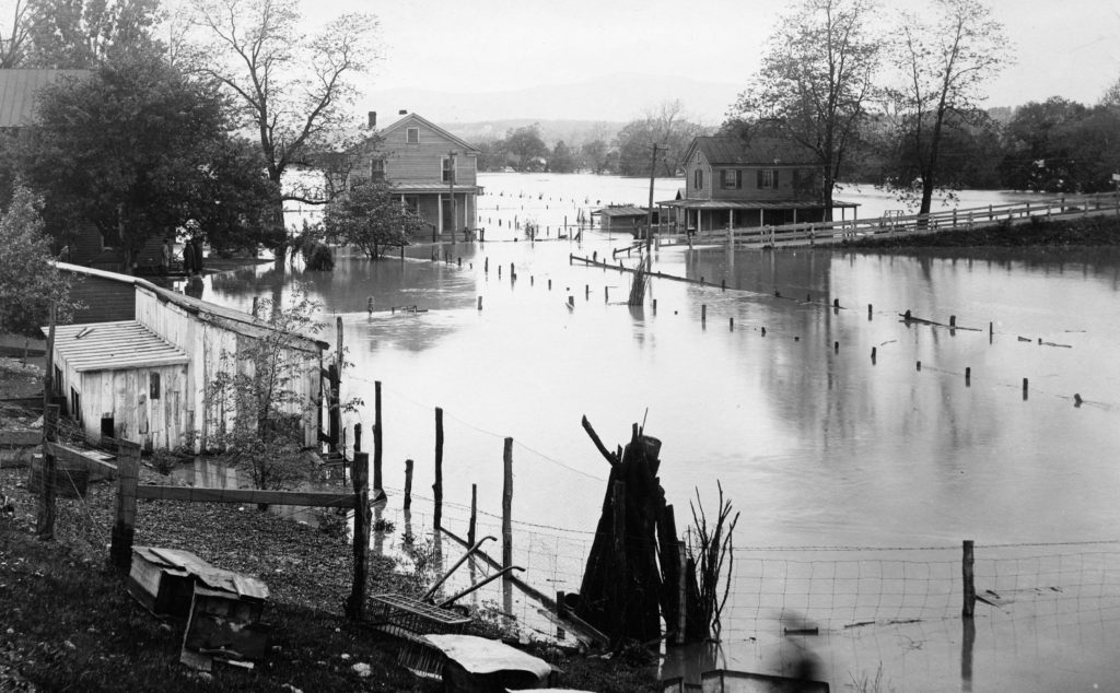 Flooding on the South Shenandoah River, 1936.