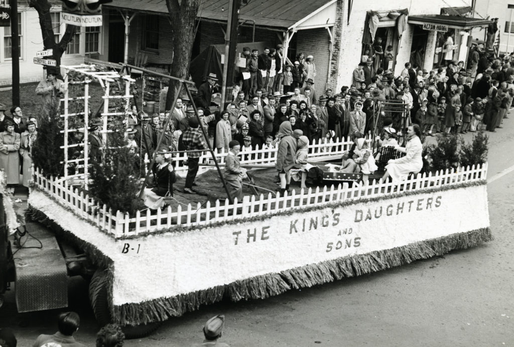 The Kings Daughters and Sons float in the Centennial Celebration of Warren County, Front Royal, August 9, 1936.