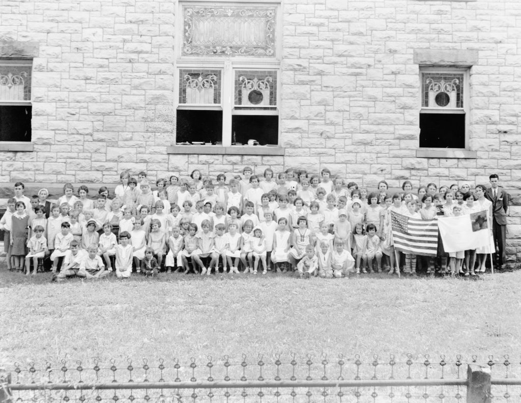 Sunday school group at Front Royal Methodist Church, circa 1925.