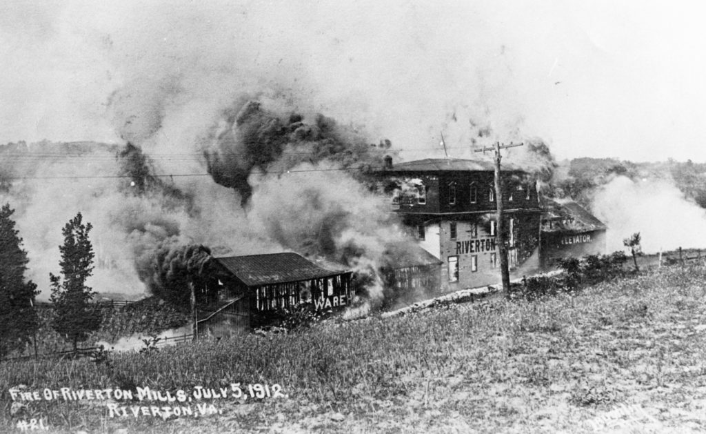 Riverton Mill Fire, Warren County, circa 1912.