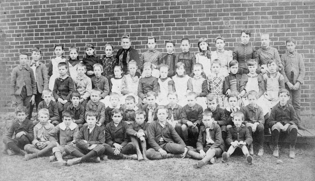 Front Royal school group, taken by old school building on South Royal Avenue, circa 1910.